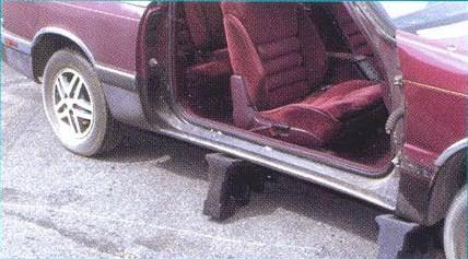 полный демонтаж дверей автомобиля