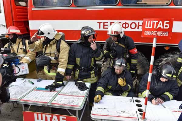 Участники тушения пожара