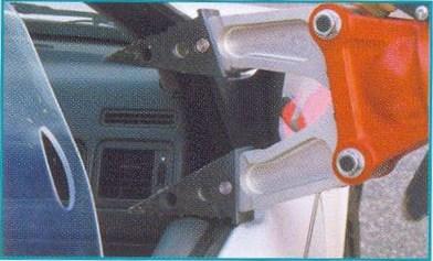 отжатие двери автомобиля