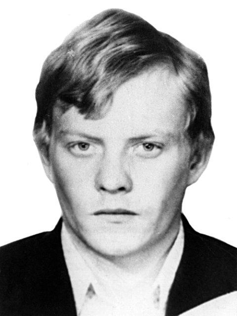 СЮТНИН Сергей Алексеевич