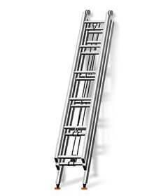 Выдвижная трехколенная лестница