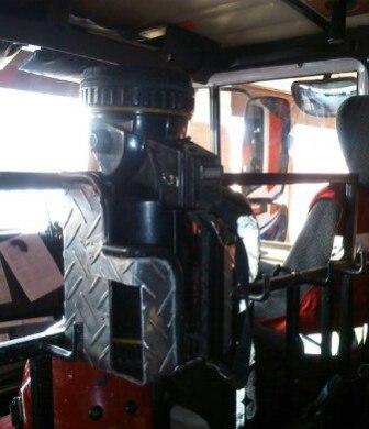 Закрепленный фонарь ФОС-3 в пожарном автомобиле