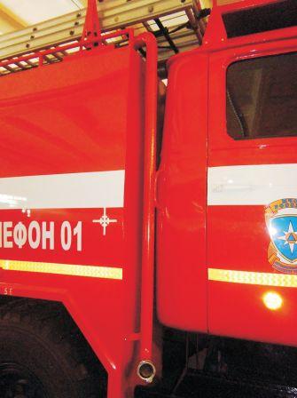 Внешний патрубок для заправки пожарного автомобиля (АЦ) водой