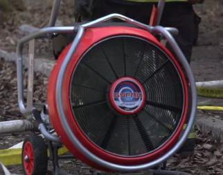 Тактическая вентиляция на пожаре при помощи дымососа