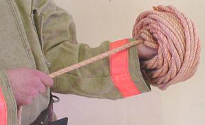 веревка в клубок смотать