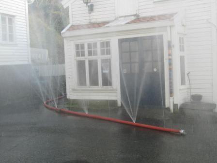 Пожарные рукава создающие водяную завесу