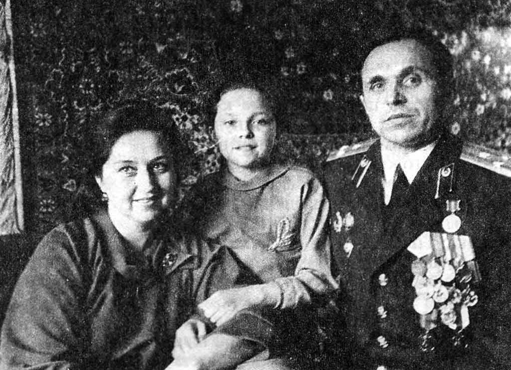 Семья Максимчук Владимир Михайлович, Маша и Людмила Викторовна (1989 год)