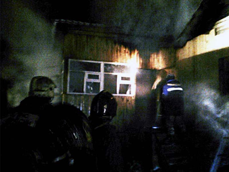 Тушение пожара в частном жилом доме в ДНТ Ясная поляна