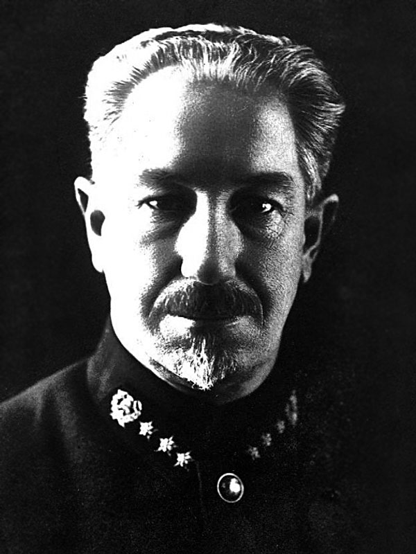 Яичков Константин Моисеевич