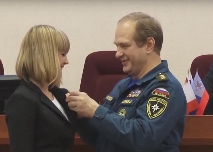 Награждение медалью МЧС России За пропаганду спасательного дела