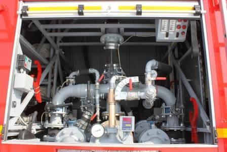 Пульт управления в заднем отсеке АЦ 7,0 на базе КАМАЗ-65224