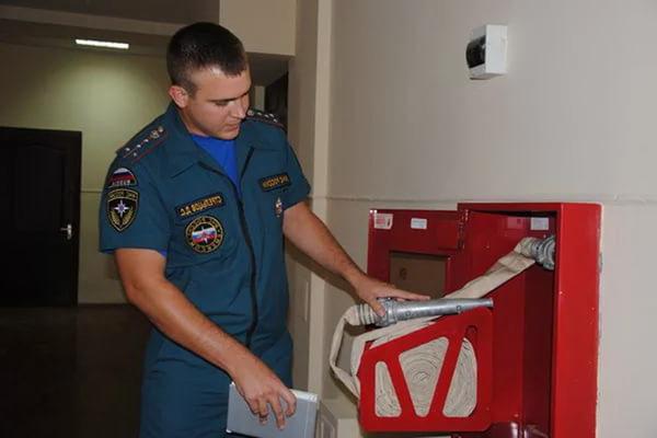 Кого проверяет пожарный надзор