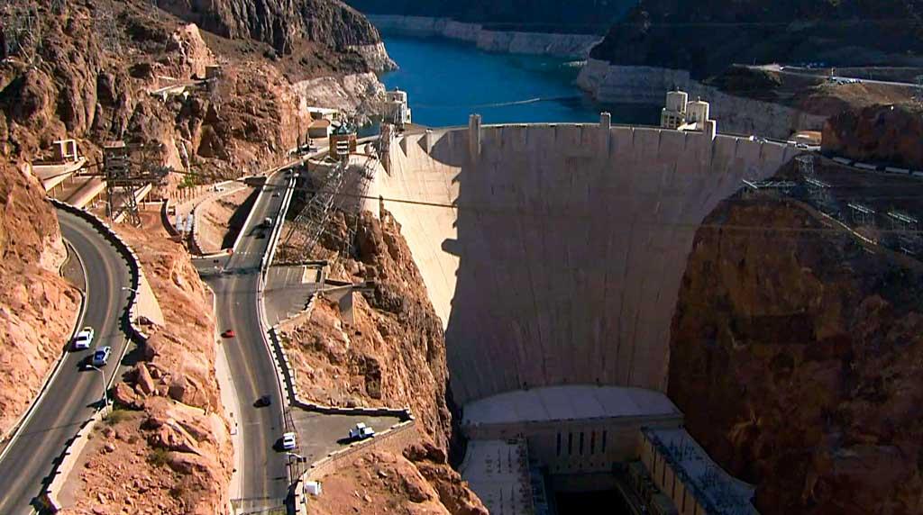 Гидротехническое сооружение. Плотина Гувера в США.