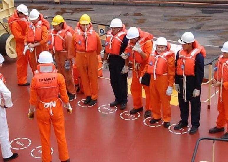 Правила безопасности для членов экипажа