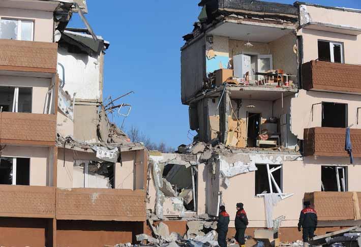 Сильное разрушение здания