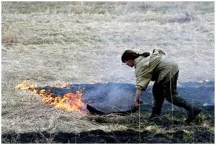 Захлёстывание огня по кромке низового пожара