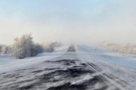Непогода на территории Сибири и Урала