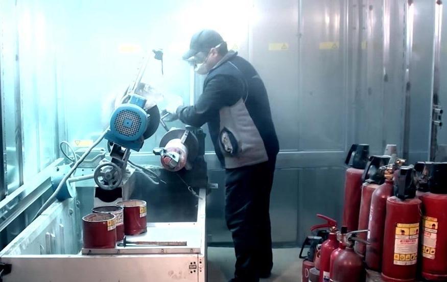 Процесс утилизации огнетушителей