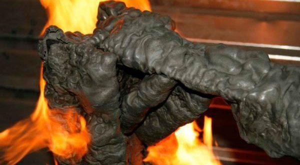 Покрытие обработанное пастой при воздействии огня