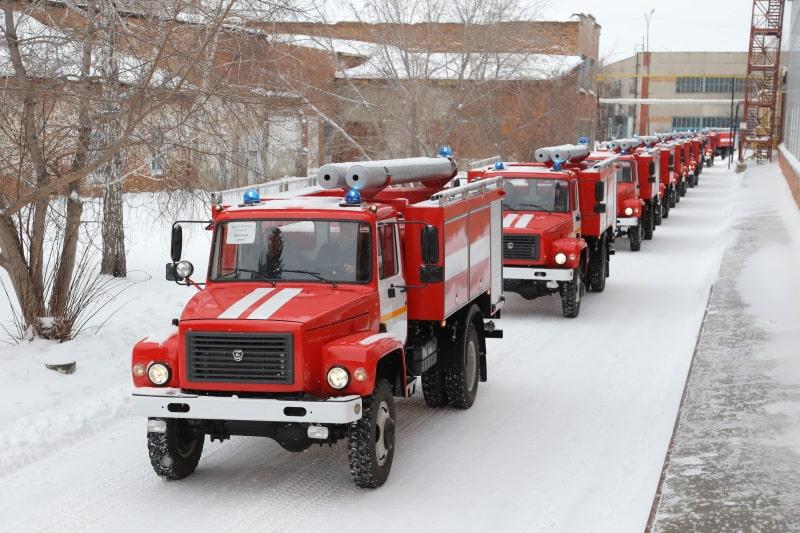 23 новые пожарные автоцистерны поступили на вооружение противопожарной службы Зауралья