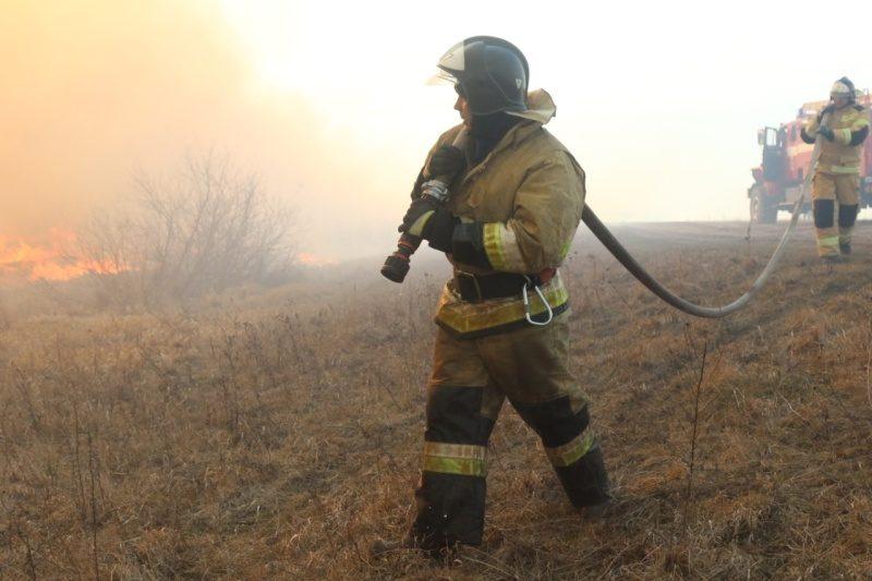 МЧС России: порядка 70 % всех пожаров в стране с начала года произошло на открытых территориях