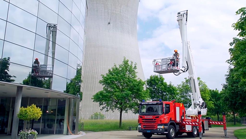 Пожарный коленчатый автоподъемник от Bronto Skylift