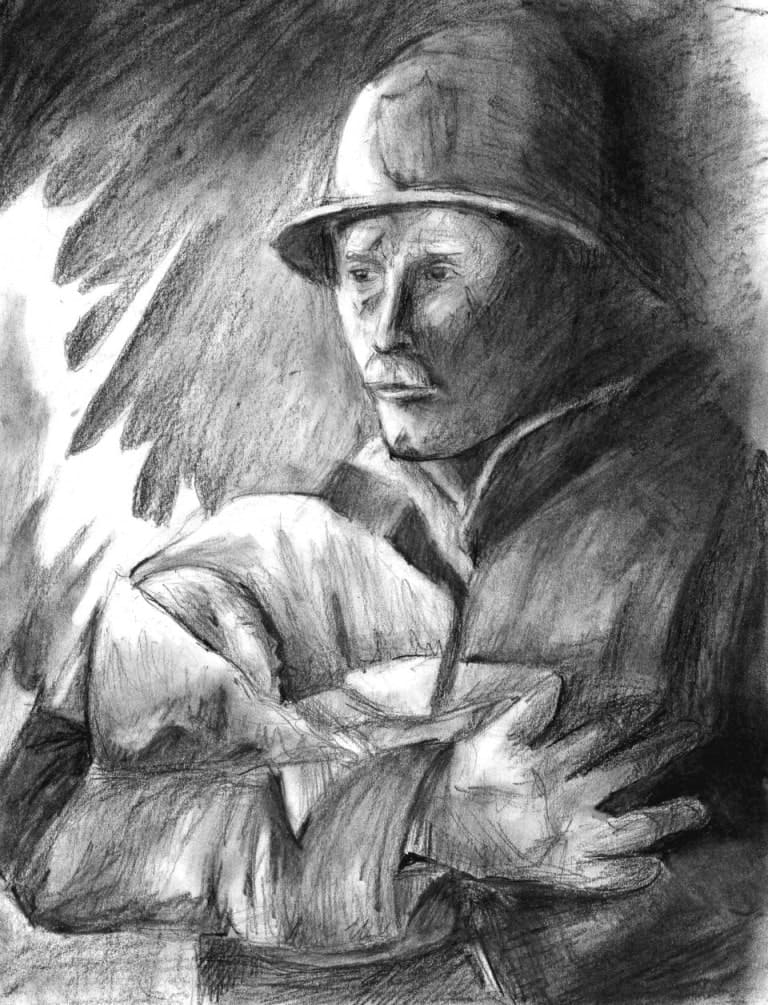 Пожарный с ребенком на руках
