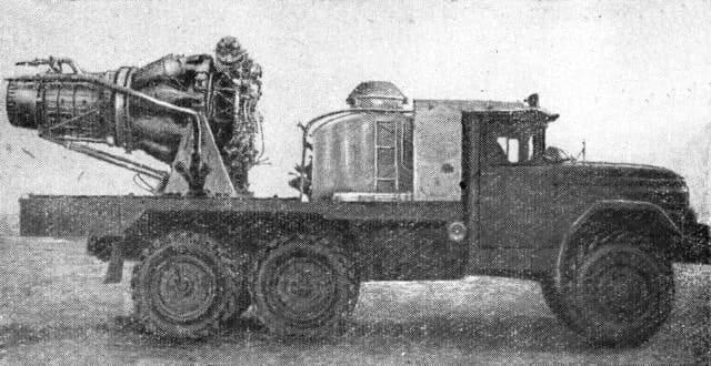Автомобиль газоводяного тушения АГВТ-100