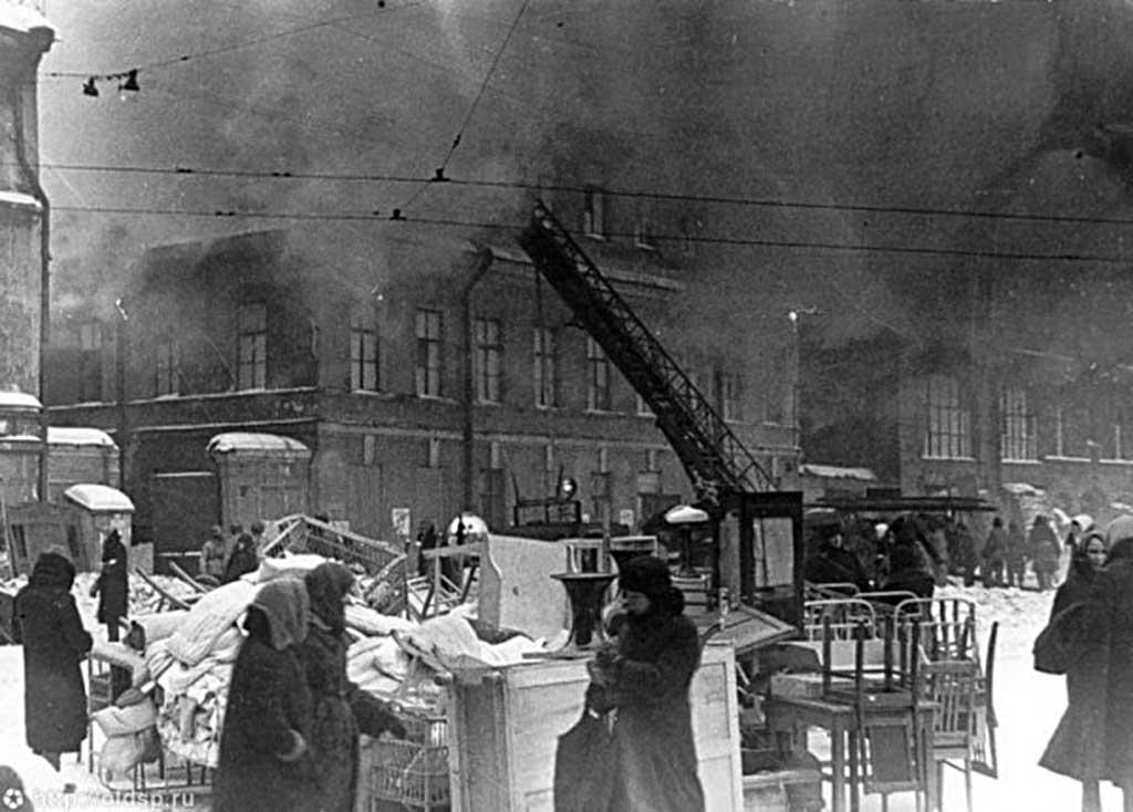 Пожар жилого дома на площади Нахимсона (1942 год)