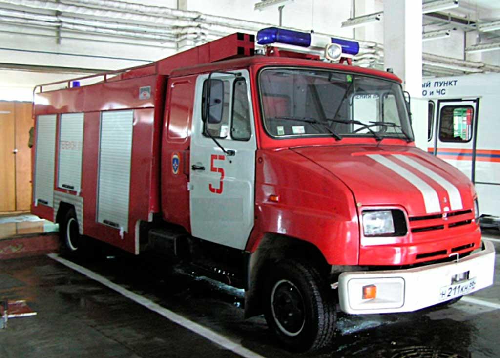 Автомобиль пожарный первой помощи АПП-1.0-40-2