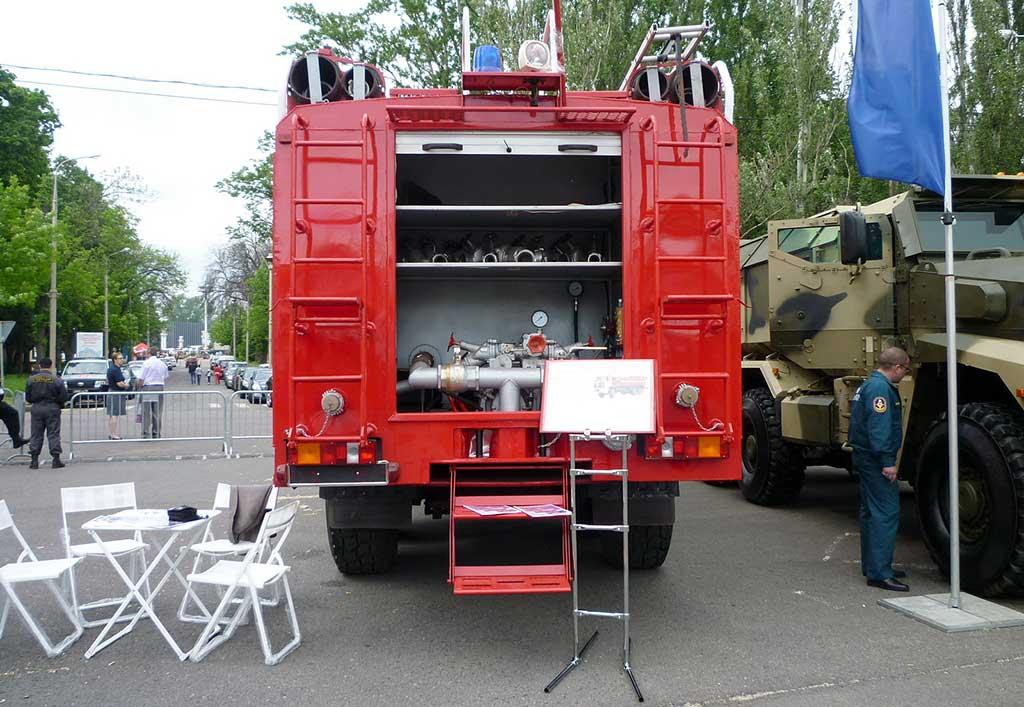 Автоцистерна пожарная тяжелого класса АЦПС-18,0-40 (65222)