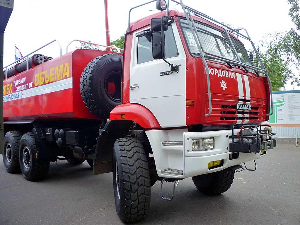 Пожарная автоцистерна АЦПС-18,0-40 (65222)