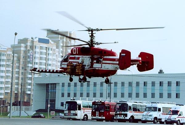 Пожарный вертолет Ка-32А1 с устройством горизонтального пожаротушения Игла-В