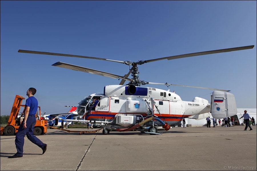 Вертолет Ка-32А с системой пожаротушения Fire Attack