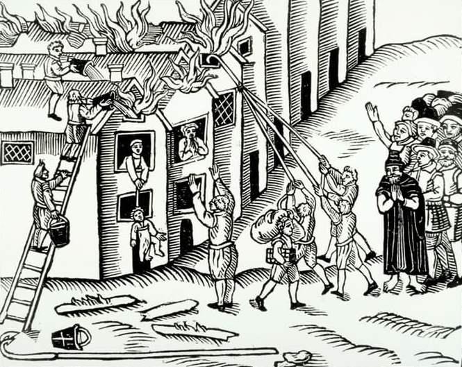 Тушение пожара ведрами Англия 1617 год