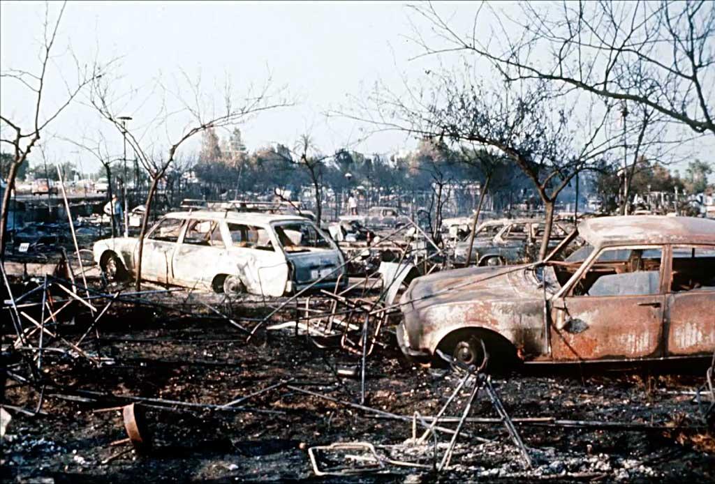 Последствия пожара в кемпинге Лос-Альфакес