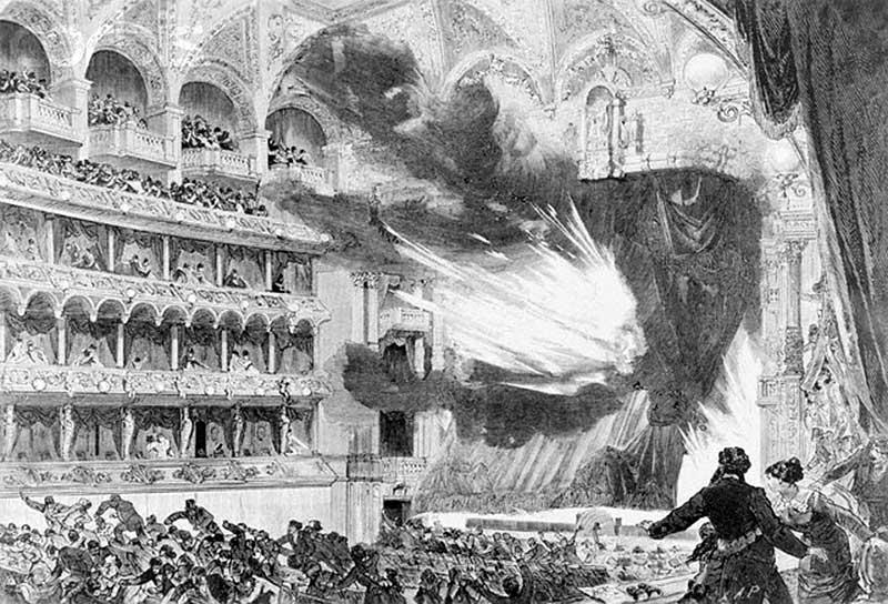 Пожар в Ринг-театре в Вене (полыхающий занавес взлетает вверх, открывая вид на горящую сцену)