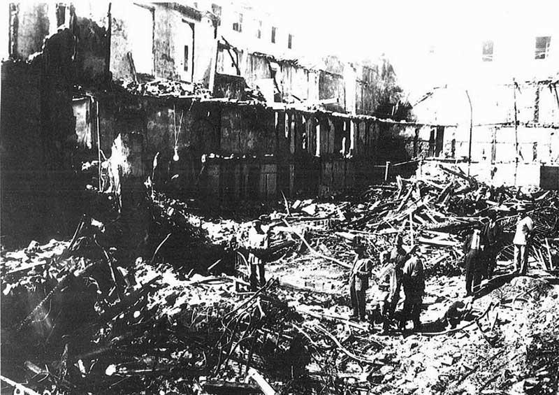 Разбор конструкций после пожара в театре «Новедадес» (Мадрид. Испания, 1928 год)