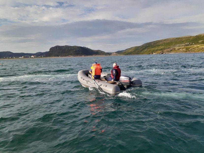 Мурманские спасатели следят за безопасностью участников арктического заплыва Arctic Swim