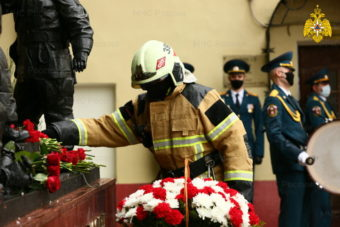 216 лет московские пожарные укрощают огонь