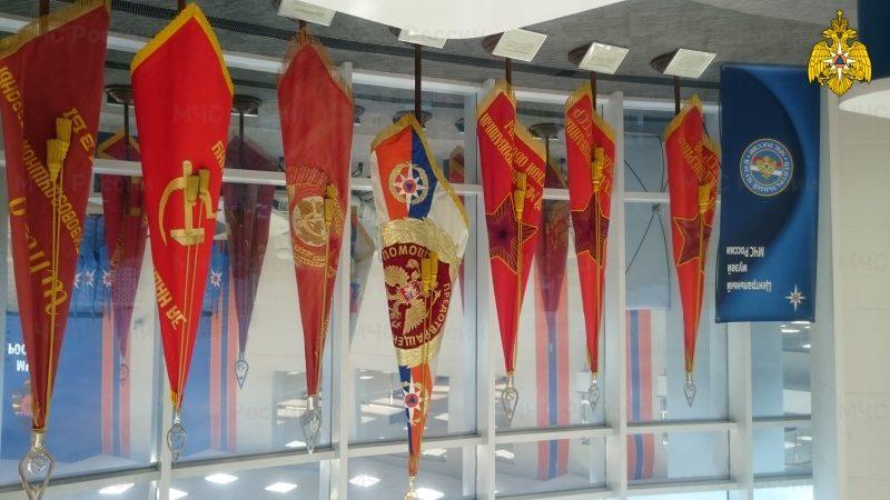 В МЧС России стартовала выставка «История МПВО, ГО, ГПС и МЧС России»